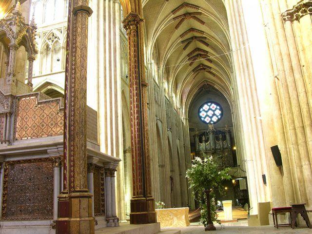 Zdj�cia: Bayonne, Akwitania, W katedrze, FRANCJA