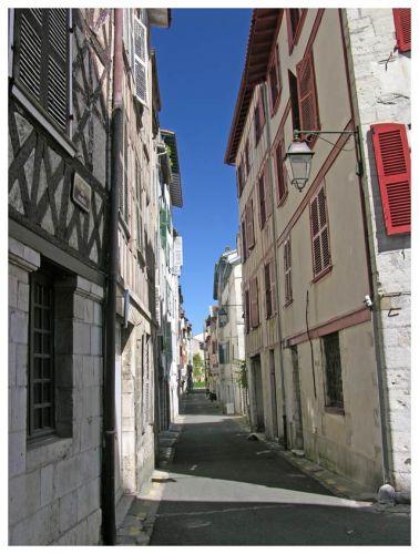 Zdj�cia: Bayonne, Akwitania, Uliczki, FRANCJA