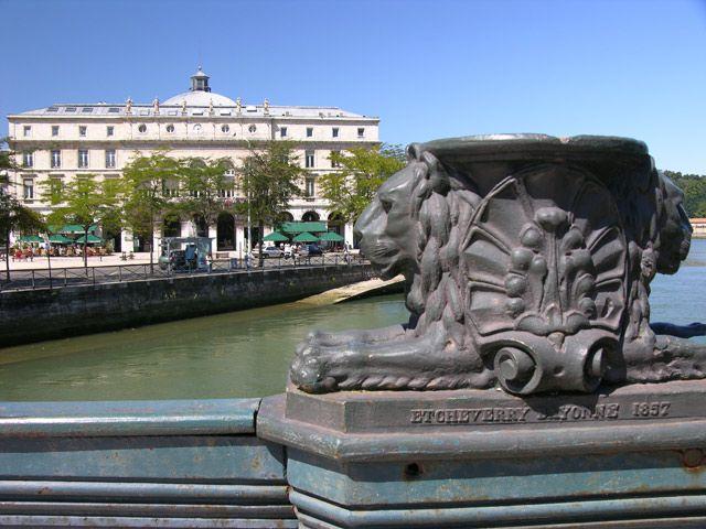 Zdjęcia: Bayonne, Akwitania, Z mostu, FRANCJA