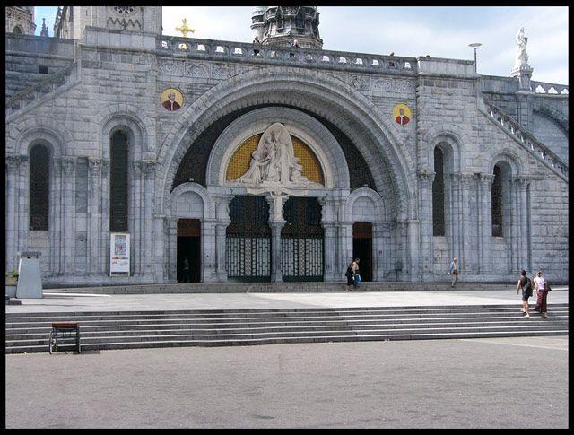 Zdjęcia: Lourdes, Wejście główne, FRANCJA