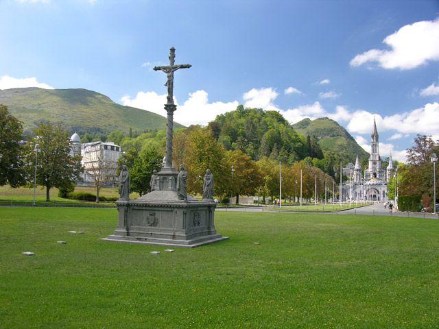 Zdjęcia: Lourdes, Główne dojście, FRANCJA