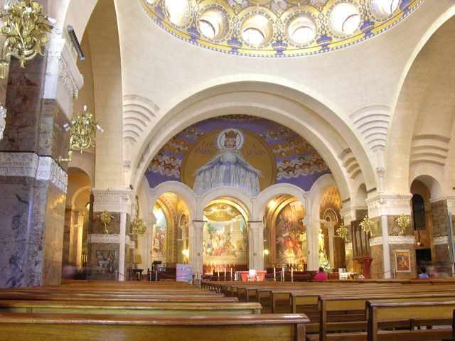 Zdjęcia: Lourdes, Ołtarz główny, FRANCJA