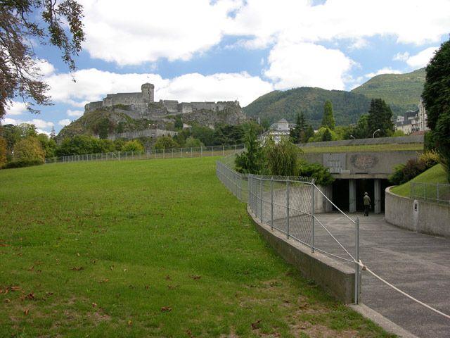 Zdj�cia: Lourdes, Podziemny ko�ci�, FRANCJA