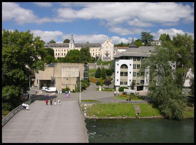 Zdjęcia: Lourdes, Szpital, FRANCJA