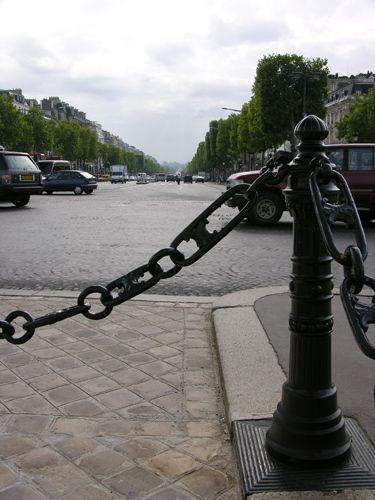 Zdjęcia: Paryż, Aux Champs Elysées, FRANCJA