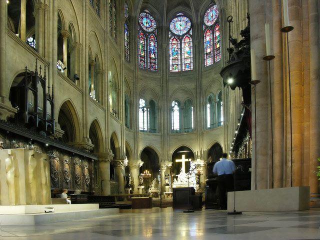 Zdjęcia: Paryż, W Notre-Dame, FRANCJA