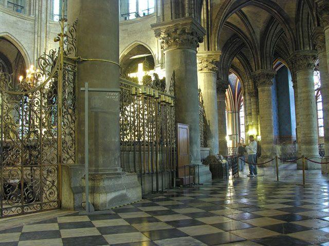 Zdjęcia: Paryż, W katedrze Notre Dame, FRANCJA