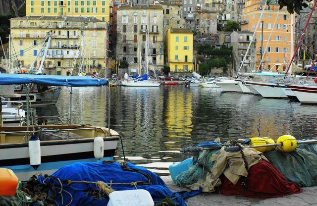 Zdj�cia: Bastia, Korsyka, Port jak z dawnych lat, FRANCJA