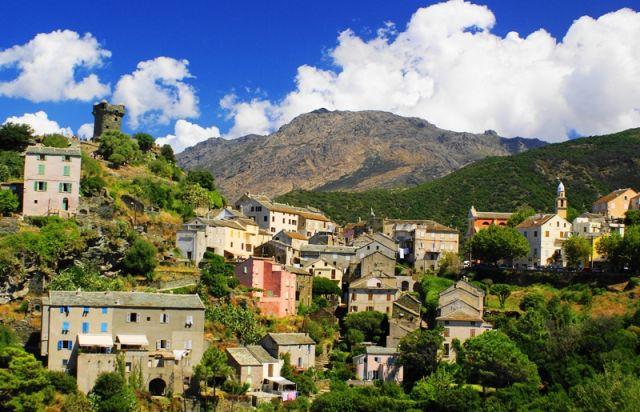Zdjęcia: Cap Corse, strona zachodnia, Korsyka, Wioska, FRANCJA