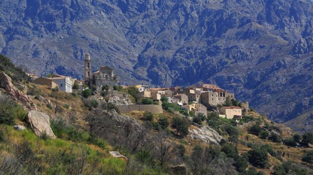 Zdjęcia: Montemagiore, Korsyka/Balagne, Na grzbiecie, FRANCJA