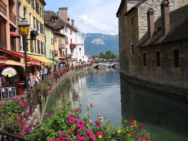 """Zdj�cia: Annecy, Rodan-Alpy, """"Wenecja"""", FRANCJA"""