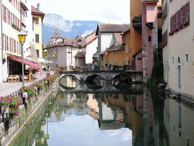 """Zdj�cia: Annecy, Rodan-Alpy, """"Wenecja"""" 1, FRANCJA"""