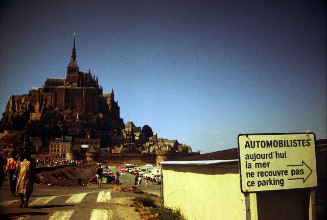 Zdj�cia: Le Mt St Michel, -Normandia, Le Mont St Michel - tablica info, FRANCJA