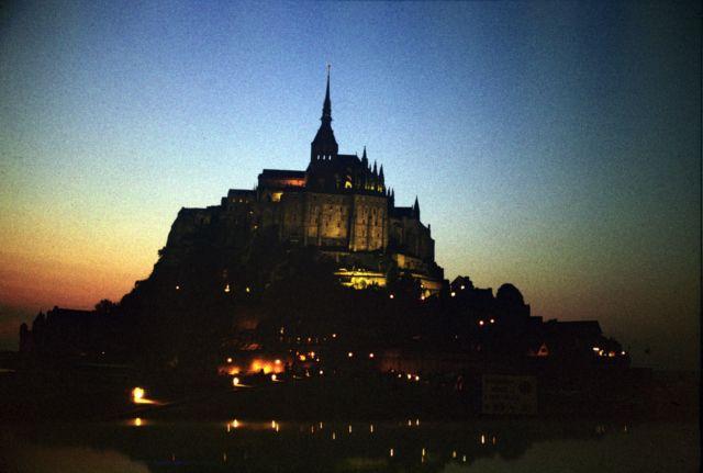 Zdjęcia: Le Mt St Michel, -Normandia, Le Mt St Michel nocą, FRANCJA