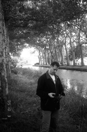 Zdjęcia: Francja, Autor nad Canal du Midi, FRANCJA