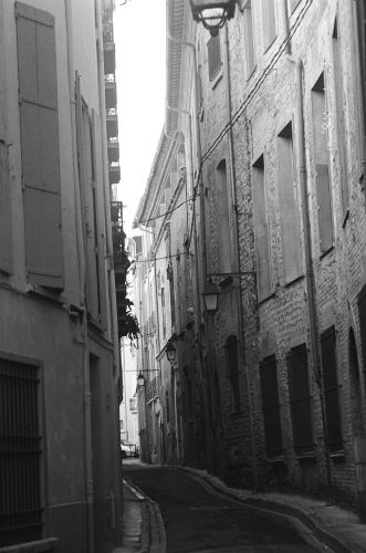 Zdj�cia: Katalonia, Uliczka w Perpignan, FRANCJA