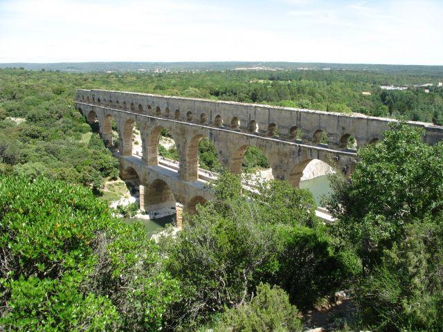 Zdjęcia: Pont Du Gard, Prowansja, wciąż stoi mimo wieków, FRANCJA
