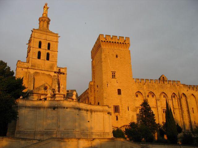 Zdjęcia: Avinion, Prowansja, pałac papieży, FRANCJA