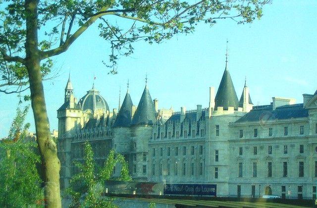 Zdjęcia: Paryż, Consiengerie  - pałac zamieniony w więzienie, FRANCJA