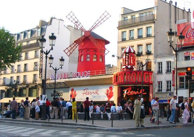 Zdjęcia: Paryż, Moulin  Rouge na Placu Pigal, FRANCJA