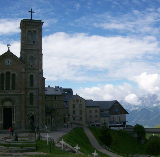 Zdjęcia: La Salette, Alpy w tle, FRANCJA