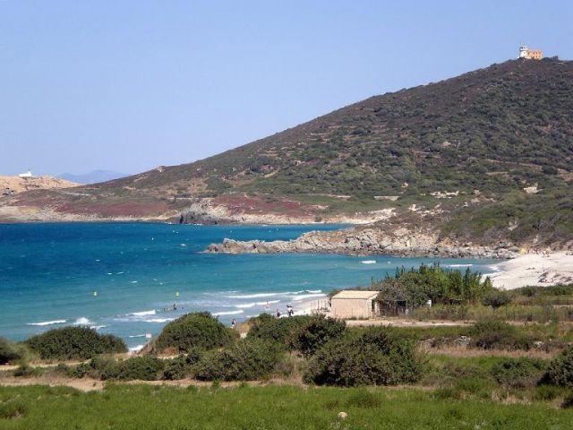 Zdjęcia: W drodze do Calvi, Korsyka, Zatoczka, FRANCJA