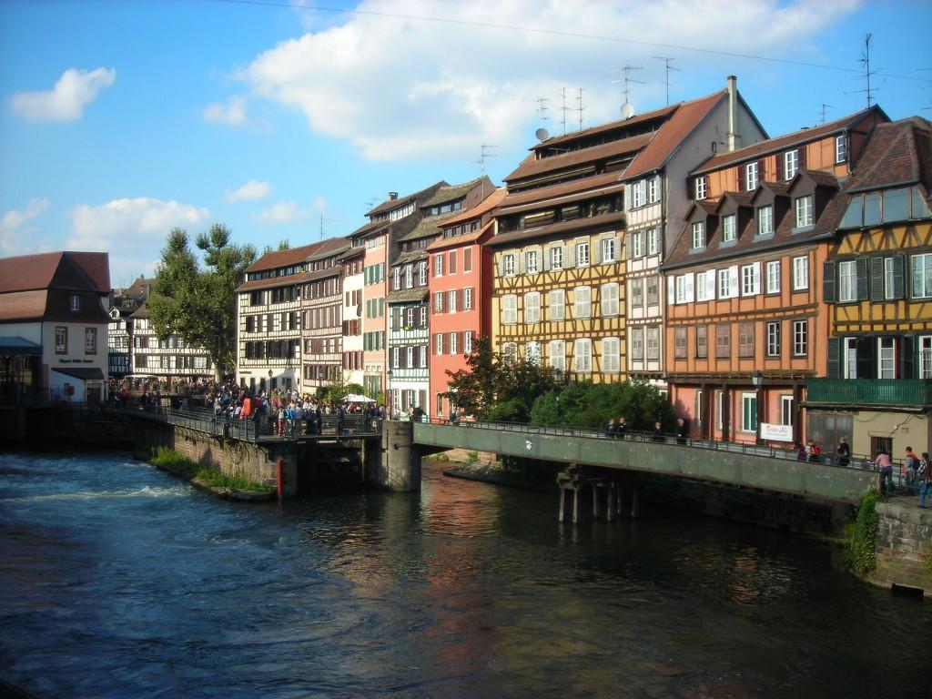 Zdjęcia: Strasburg, Alzacja, kamienice, FRANCJA