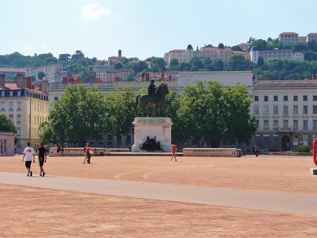 Zdjęcia: Lyon, Rhone, Lyon, pomnik Ludwika XIV, FRANCJA