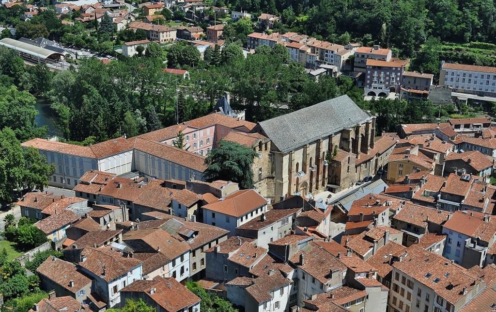 Zdjęcia: Foix, Midi-Pyrénées, Foix, widok na opactwo, FRANCJA