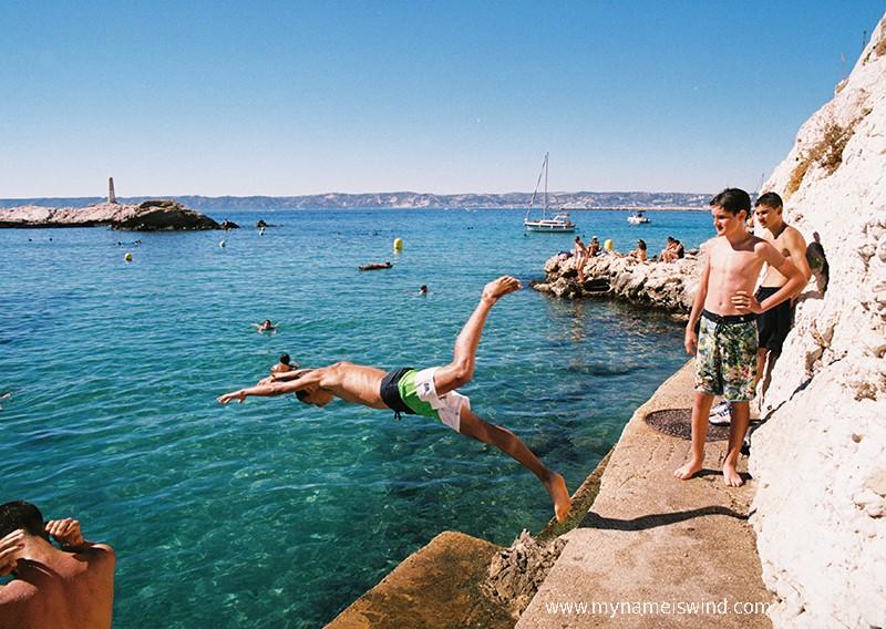 Zdjęcia: Marsylia, Provance Alpes Cotes d' Azur, Takie tam upalne popołudnie w 8 dzielnicy, FRANCJA