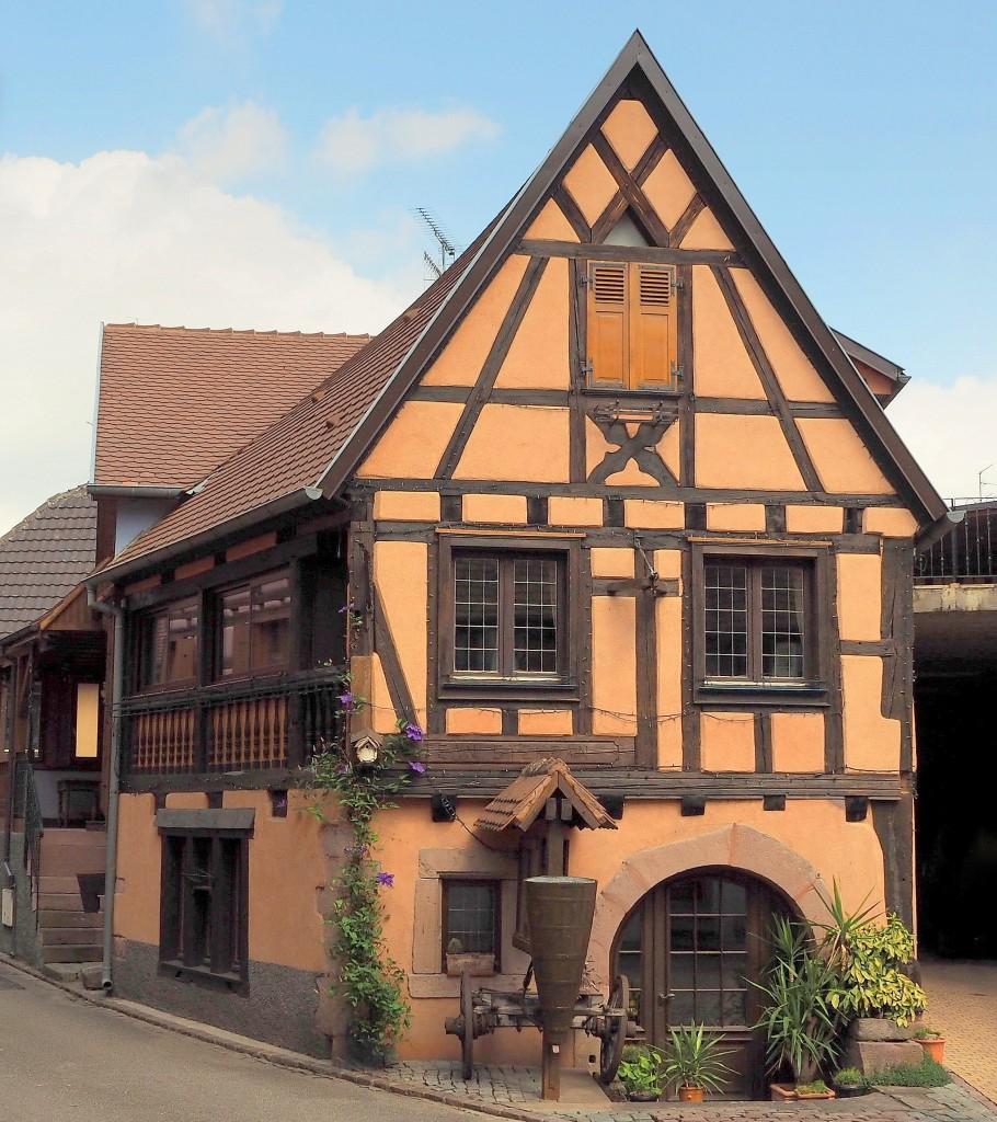 Zdjęcia: Bergheim, Alzacja, na rogu..., FRANCJA