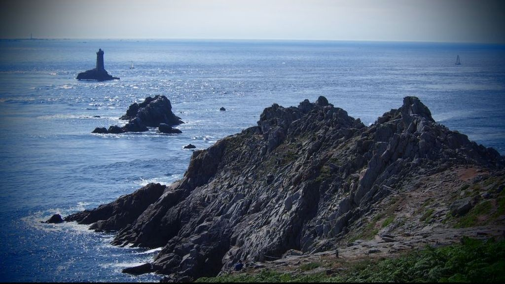 "Zdjęcia: La Pointe du Raz, Bretania, ""koniec"" Europy, FRANCJA"