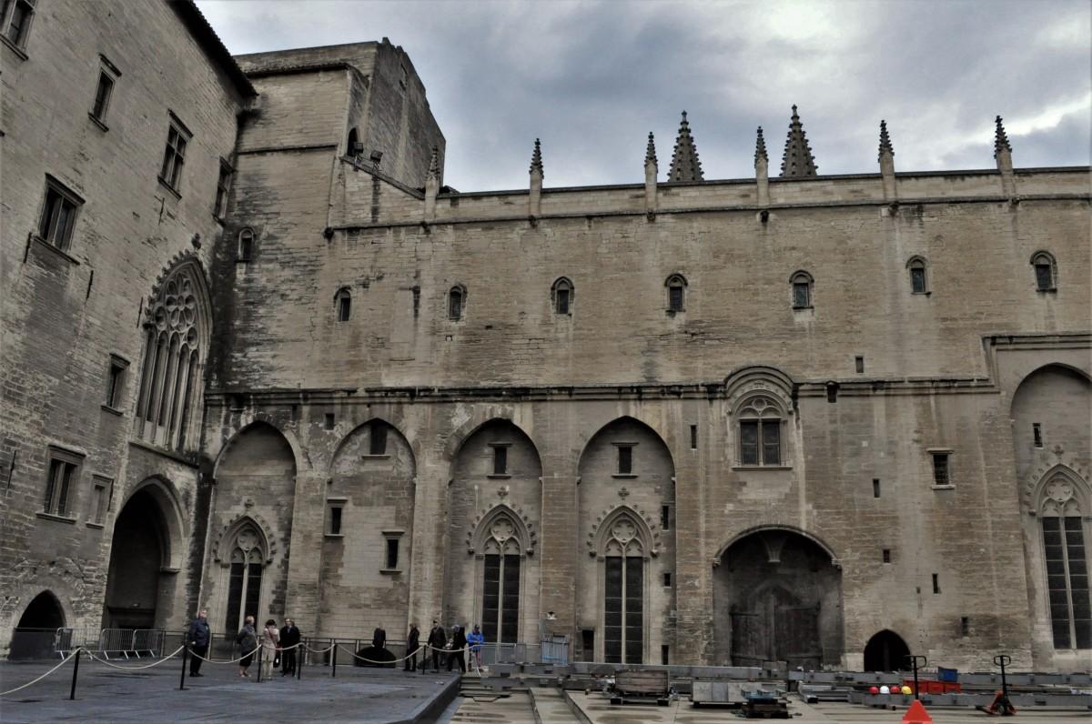 Zdjęcia: Avignon, Prowansja, Avignon, pałac papieży z XIV w., FRANCJA