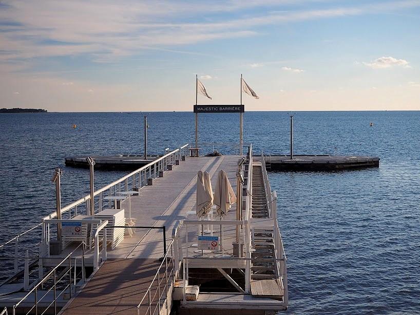 Zdjęcia: Cannes, Lazurowe wybrzeże, Molo po sezonie, FRANCJA