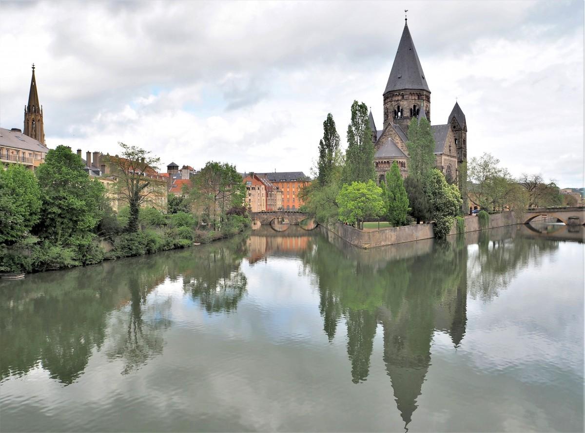 Zdjęcia: Temple Neuf de Metz, Lotaryngia, jeszcze raz nad Mozelą..., FRANCJA