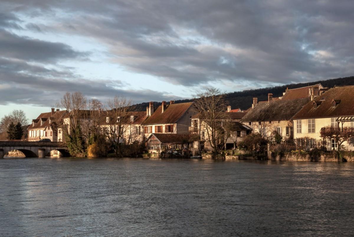 Zdjęcia:  Quingey, Burgundia-Franche-Comté ,  Quingey, FRANCJA