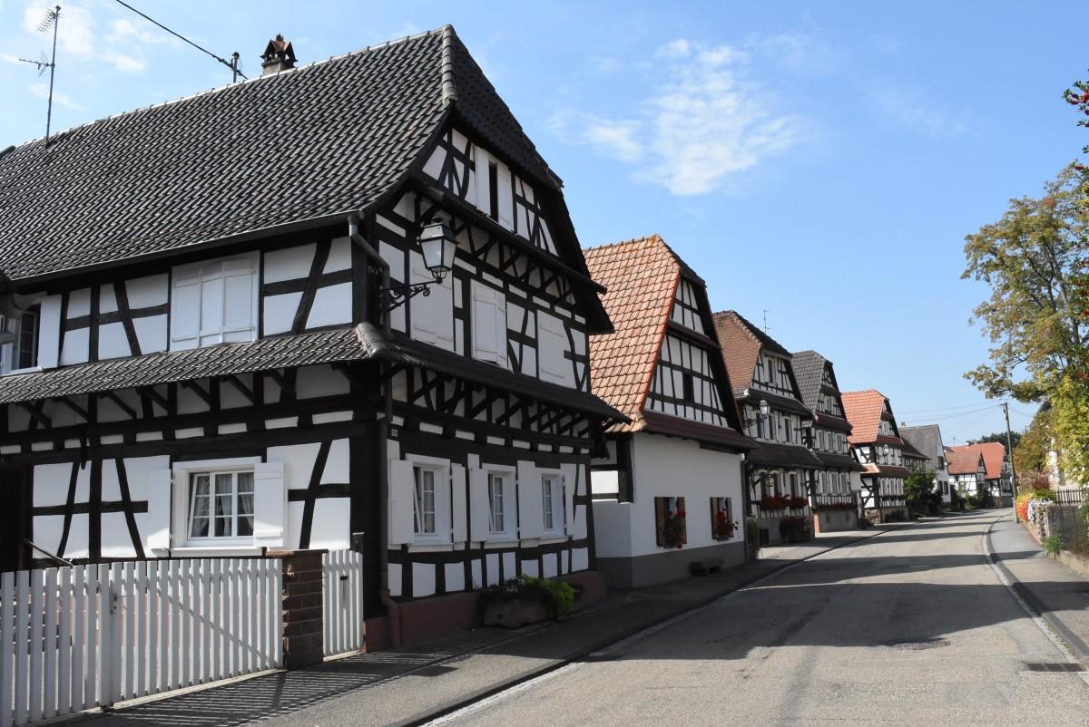 Zdjęcia: Hunspach, Alzacja, Hunspach, posiada tytuł najpiękniejszej wsi we Francji, FRANCJA