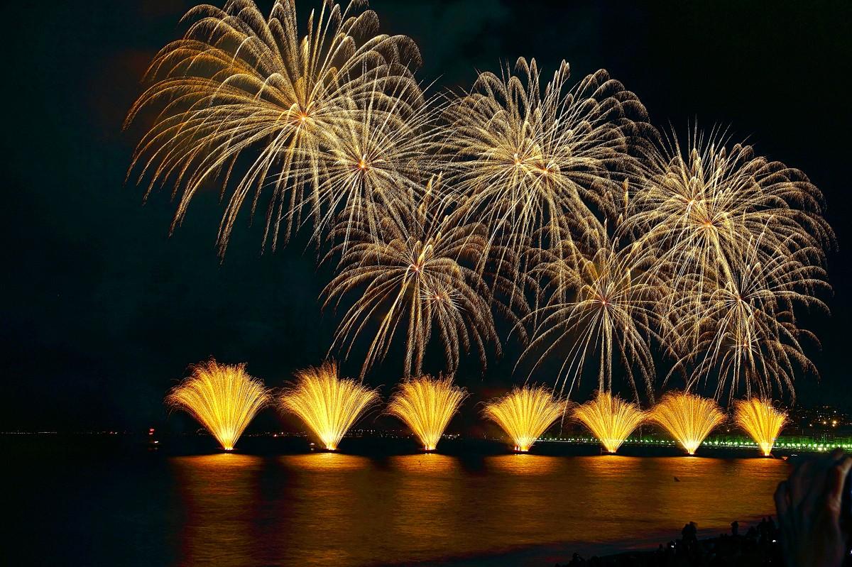 Zdjęcia: Nice, Côte d'Azur, sztuczne ognie na 14 lipca, FRANCJA