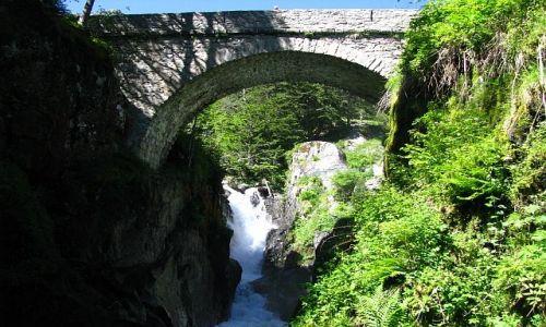 Zdjęcie FRANCJA / ok. Cauterets / Pireneje francuskie / most hiszpański