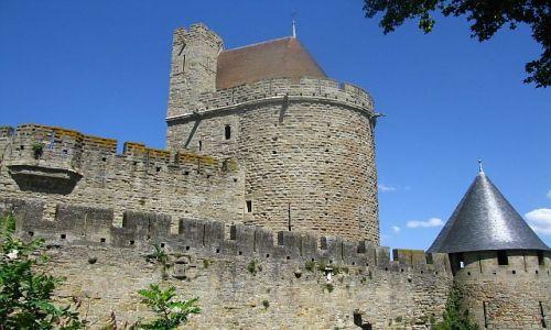 Zdjęcie FRANCJA / Gaskonia / Carcassonne / mury obronne