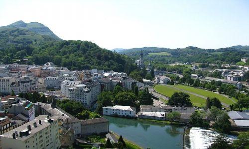 Zdjęcie FRANCJA / Środkowe Pireneje / Lourdes / panorama