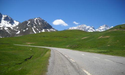 Zdjecie FRANCJA / Alpy / Route des Grandes Alpes / Kontrasty