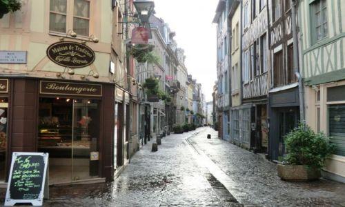FRANCJA / Normandia / Rouen / PORANEK WE FRANCJI
