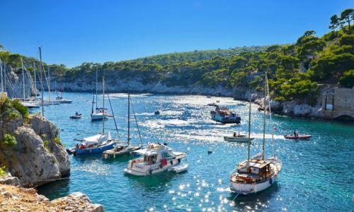 Zdjęcie FRANCJA / Provance / Cassis / Jachty w zatoczce koło Cassis