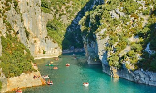 Zdjecie FRANCJA / Provance / Canyon du Verdun / Rowery wodne wśród skał