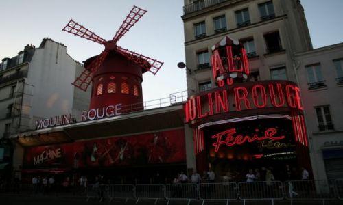 FRANCJA / - / Paryż / Moulin Rouge