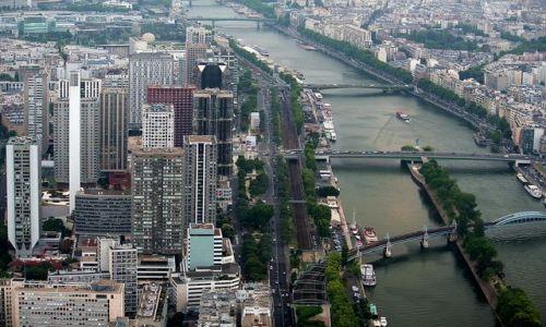 FRANCJA / - / Paryż / Nad Sekwaną