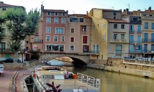 FRANCJA / Langwedocja-Roussillon / Narbonne / Most w Narbonne