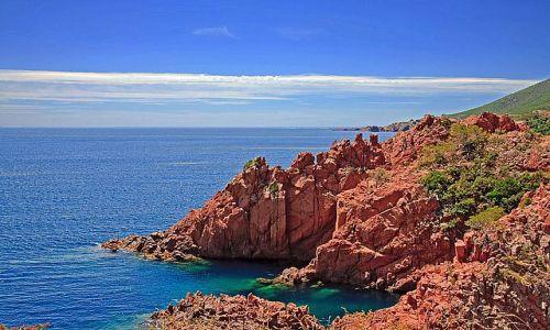 FRANCJA / Provence / Lazurowe Wybrze�e / La Trayas / Kolorowe klify