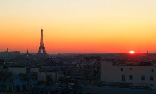Zdjecie FRANCJA / - / Paryż / Zachód słońca w Paryżu